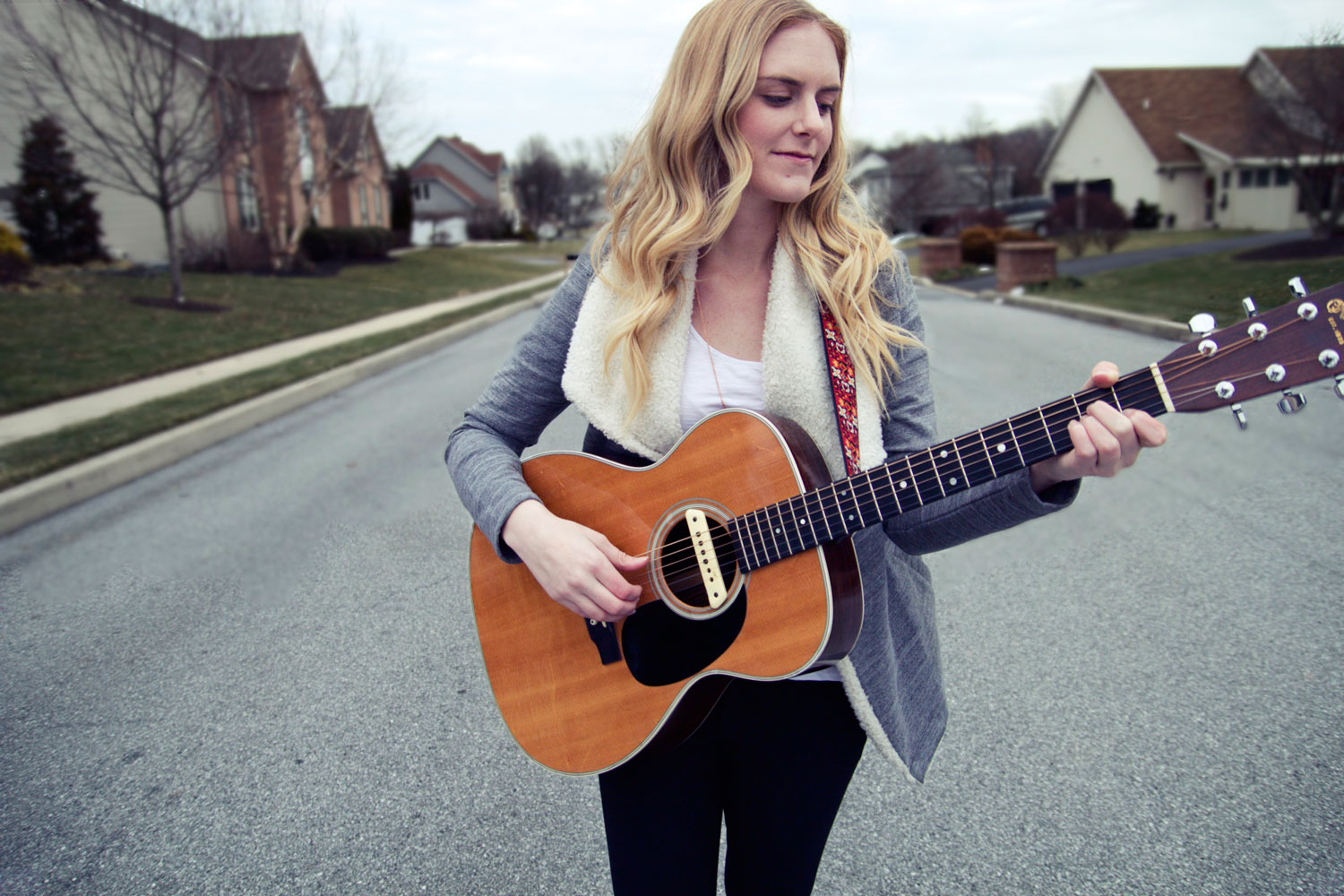 Raw acoustic passion – interview with Megan Davies
